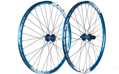 "Radsporttechnik Müller Laufradsatz BOR MD7 blau Spank Oozy Trail Sapim D-Light 1630g 27,5"" 650B"