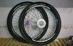 Sun Ringlé, Hope, Michelin Laufradsatz Sun Ringle Inferno, Hope Pro 2 Evo, Michelin Wild Rock R/ Wild Grip R