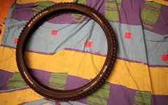 Maxxis DHF 26*2.35 Super Tacky DH