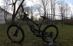 YT Industries TuEs 2.0 Comp M