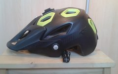 Bluegrass Golden Eyes, All Mountain/Enduro Helm, Gr.M