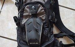Camelbak M.U.L.E. schwarz/grau 6L