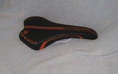 Selle Italia Q-Bik schwarz-orange *neu*