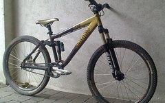 Kona Bass Slopestyle Fully / Dirt Bike Gr. M