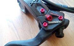 Shimano XT Bremse mit SLX Hebeln und eloxieren Schrauben