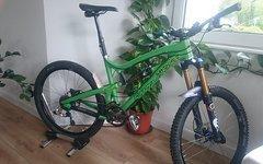Santa Cruz Nomad Carbon Gr. M mit Fox Kashima Reverb X0 XX Hope