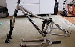 Turner Bikes 5 spot xs mit Winkelsteuersatz und Federgabeln