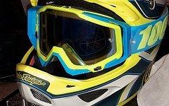 Troy Lee Designs D3 Reflex Grau/Gelb + 100% Racecraft NEU