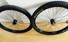 "Hope Pro II VR und HR Laufrad - 26"" - 20mm - 135mm - Sun Ringle Equalizer 29 - Maxxis Minion"
