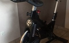 Tomahawk Indoor Cycling / Spinning Bike E-Series Indoor Cycling TOM-2010EB