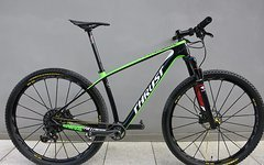 Thrust Carbon 29er Hardtail - 8kg - Look Carbon Starrgabel - Uphill Race Hardtail