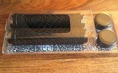 Sixpack Griff K-Trix schwarz mit schwarzen Klemmringen