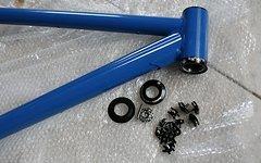 """Ragley mmmBop Rahmen RH 18"""" blau 120-160mm FW, 26"""" LR inkl. Steuersatz und ggf. Teile"""