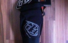 Troy Lee Designs Raid Knee Guard MD/LG Knieschoner