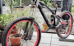 Specialized Enduro / Downhill / Freeride / Fully Mountainbike