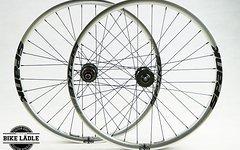 Spank Spike 35 EVO Laufradsatz mit Noa-Bl-EVO-1 Naben