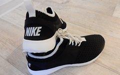 Nike Juvenate Sneaker - NEU mit OVP (die leichteren FREE Roshe)