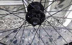Bontrager Duster Elite 650b 2015 inkl. vier guter Reifen
