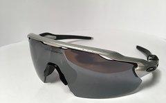 Oakley Radar EV pitch Rahmenfarbe silber, Glasfarbe black iridium