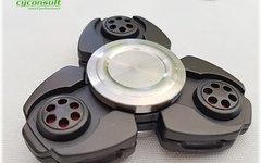 Cyconsult® Aktion! Hochwertiger Fidget Spinner in Geschenkbox