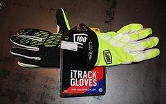 100% iTrack Handschuhe in neon Gelb Größe M letzter Preis