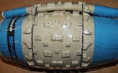 Vee Tire Snowshoe XL 26x4.8 Fatbike Reifen weiss/blau