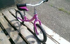 Burley MyKick Balance Laufrad 12 Zoll Pink