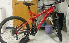 Specialized Pitch Pro Limited Red Monarch RT3 Sektor Reverb Rock Shox Enduro Trail
