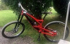 YT Industries TUES CF Pro Limited Edition Carbon Red L 650 B 27,5 Boxxer WC