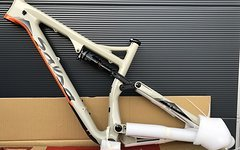 Salsa Cycles Pony Rustler Carbon Trail Enduro NEU! Gr. M - 650B+/27.5 Plus / 29 Zoll Trail Bike Rahmen inkl. Cane Creek Inline