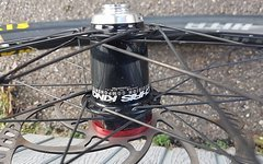 Chris King Nabe front MTB ISO Disc SD 15 mm Steckachse 32 Loch