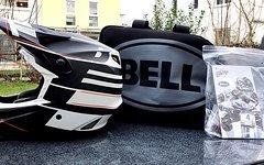 Bell Helmets Bell Full-9  L   white/black  carbon