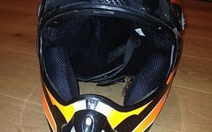 Axo Carbon Helm