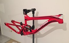 Update: Polygon Colossus DH2 2013 Team Edition Large inkl. BOS Stoy Dämpfer
