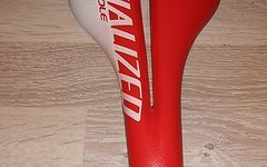Specialized Phenom Test Sattel 143mm in rot weiß