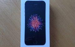 Apple iPhone SE 32 GB Spacegrau * NEU & OVP