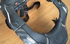 Leatt Neck Brace GPX 6.5 Carbon Schwarz L/XL  NEUWERTIG!!