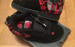 Dc Shoes 42.0 EUR - 9.0 US - 8.0 UK *NEU* Court Graffik SE