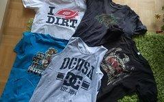 Verschiedene T-Shirts