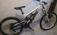 YT Industries Tues 2011 FR