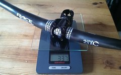 Race Face Sixc Carbon Lenker, 19 mm rise, 730 mm / Turbine Vorbau 60 mm; 31,8 mm