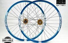 Spank Spike 35 EVO Laufradsatz mit Noa-Bl-EVO-1 Naben / Tubeless Ready
