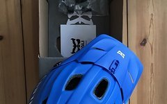 Kali Maya Helm blau