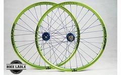 Spank Subrosa 30AL EVO emerald green Laufradsatz mit Hope Pro 4 EVO Naben 26 Zoll