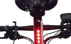 Leuchtdioden Sattelstütze mit integriertem LED Rücklicht (NICHT STVZO!)