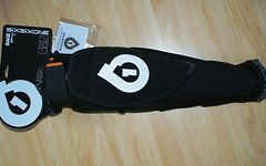 661 SixSixOne Rage Knee/Shin Guard black Protektor Gr. L