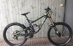 Gt Bikes Fury DH 650b Größe L, Fox 40, CCDBair, Saint --Top--