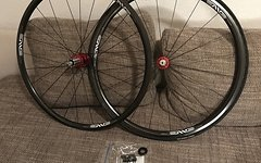 Enve Chris King R45 Carbon Laufradsatz Continental Competition 25