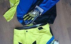 Alpinestars Predator Shorts, acid yellow / royal blue, Gr. US 34, *NEU*