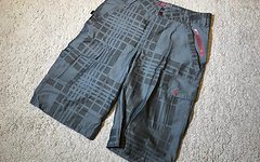 Royal Racing Shorts Herren L grau *NEU*